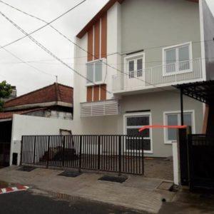 Pagar Lipat Garasi Menoreh Selatan Semarang