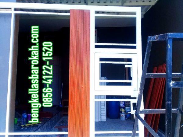 pintu besi minimalis kombinasi papan motif, pintu besi minimalis, pintu besi minimalis semarang, biaya pintu besi minimalis kombinasi papan motif, harga pintu besi minimalis semarang, jasa las pintu semarang, tukang las pintu semarang, bengkel las pintu semarang, bengkel las semarang, jasa las semarang, tukang las semarang